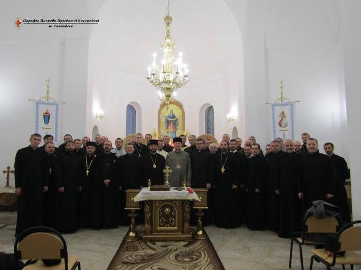 Для священиків Одеського і Кримського екзархатів проводять формаційні курси про сповідництво та проповідництво