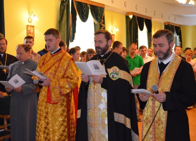 Бучацька єпархія запрошує усіх охочих на молитовну зустріч до с. Савелівка (Тернопільщина)
