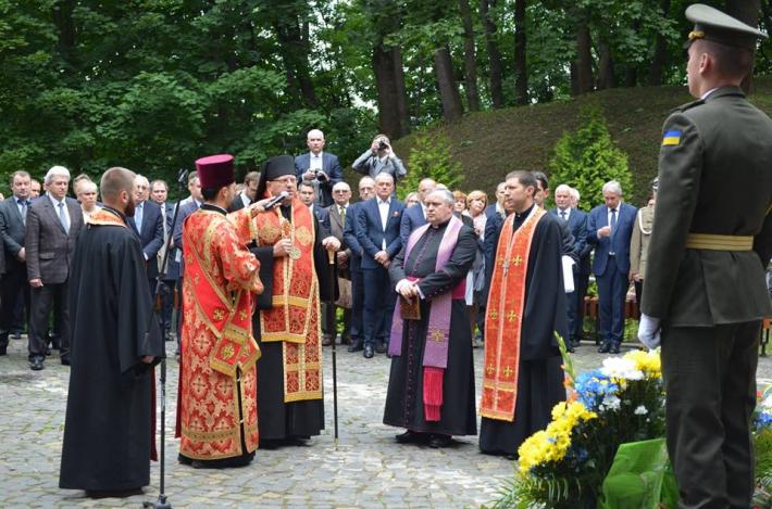 У Львові вшанували пам'ять розстріляних професорів