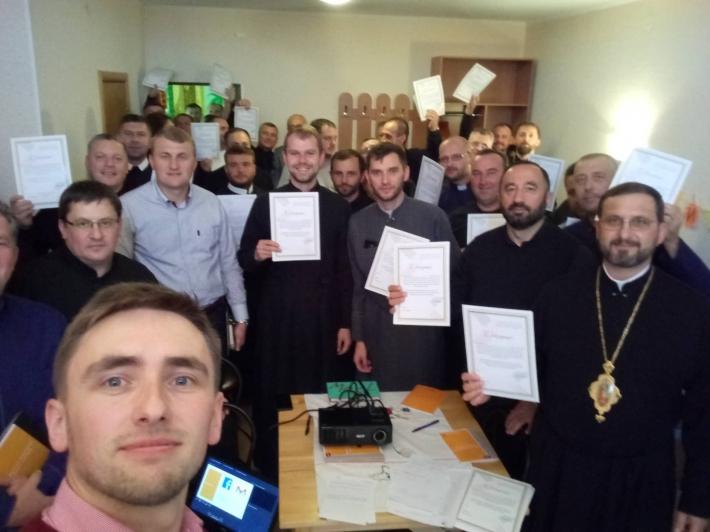 В Одеському та Кримському екзархатах УГКЦ відбувся тренінг для духовенства, присвячений розгляду проблеми корупції та способів її протидії
