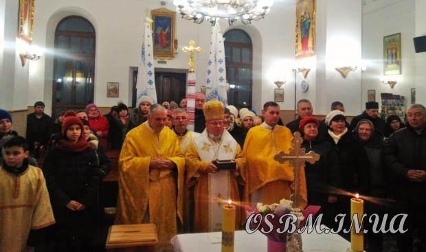 З італійського міста Барі до Барського монастиря на Вінниччині привезли мощі святого Миколая