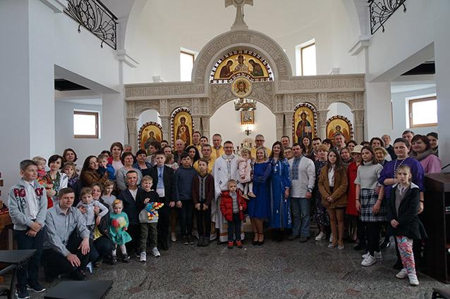 """Працівники """"львівського крила"""" Патріаршої курії разом з рідними відзначили храмовий празник"""