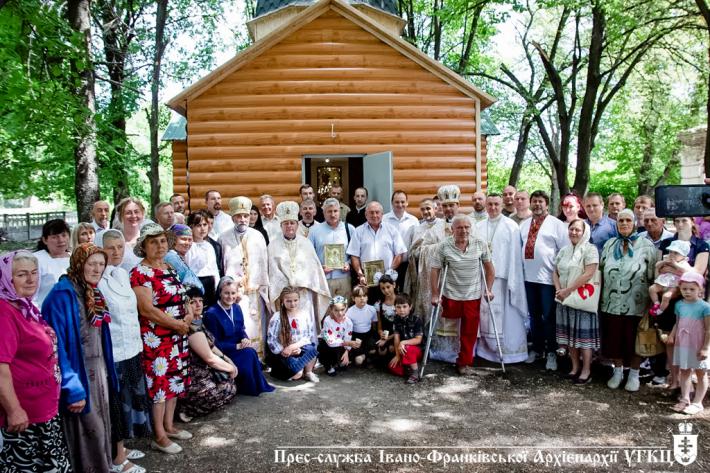 У Волновасі освятили храм, збудований Івано-Франківською архиєпархією