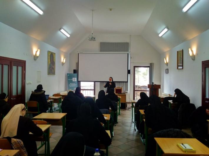 У школі духовного проводу «Єлеазар» підходить до закінчення перший навчальний рік