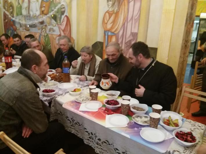 Свята вечеря для самотніх і безпритульних відбулася у БФ «Карітас СДЄ УГКЦ»