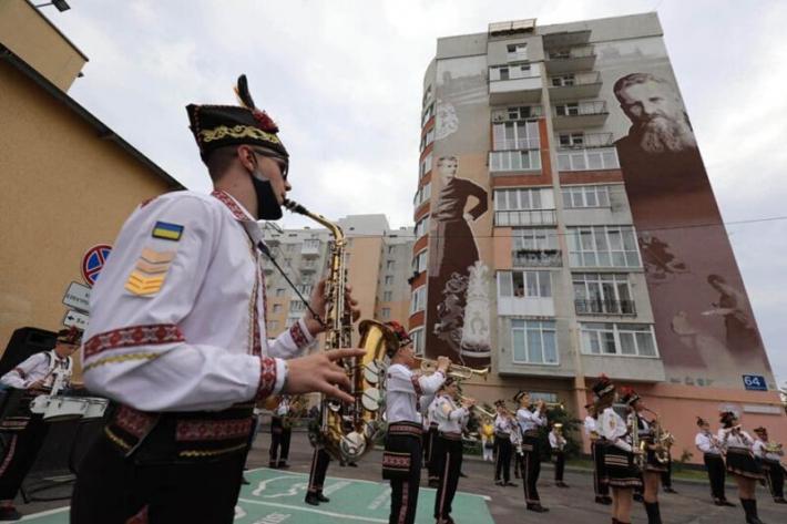 До ювілею митрополита Андрея у Львові відкрили мурал