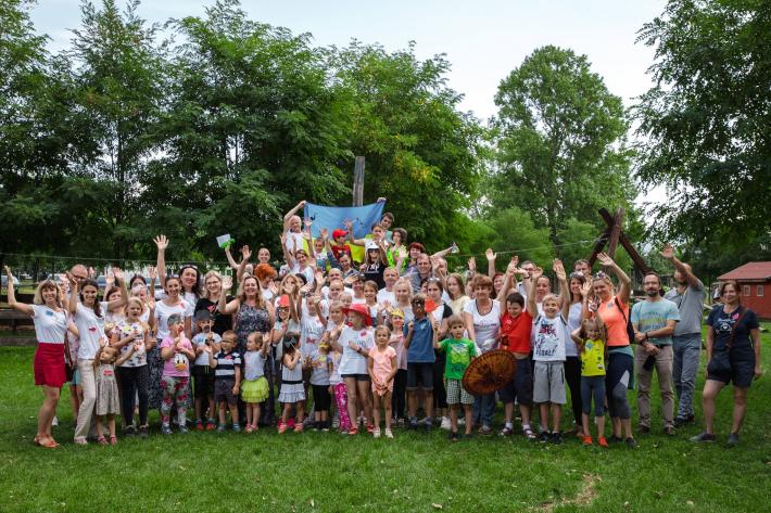 В Угорщині відкрили дві українські школи