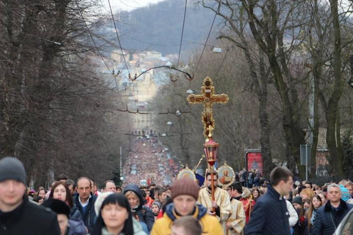 Розважання на Хресній дорозі у Львові базувалися на цитатах Блаженнішого Любомира