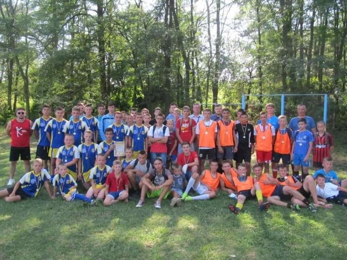 У Бучацькій єпархії влаштували футбольний турнір