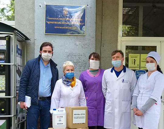 Парафія УГКЦ міста Славутич передала дезінфекційні засоби до медичних установ