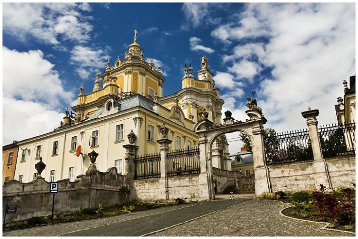 В архикатедральному соборі Святого Юра у Львові молитимуться за передчасно народжених дітей