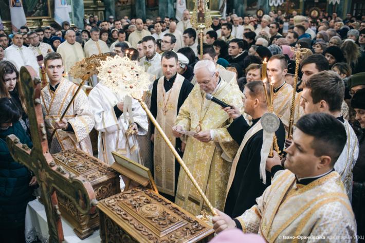 Іванофранківці звершили паломництво до головного собору Прикарпаття
