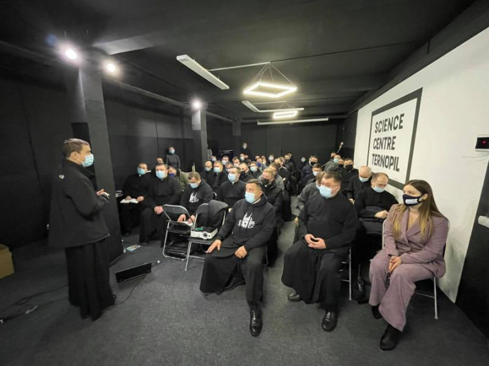 У Тернополі відбулася зустріч молодих священників, які душпастирюють серед молоді