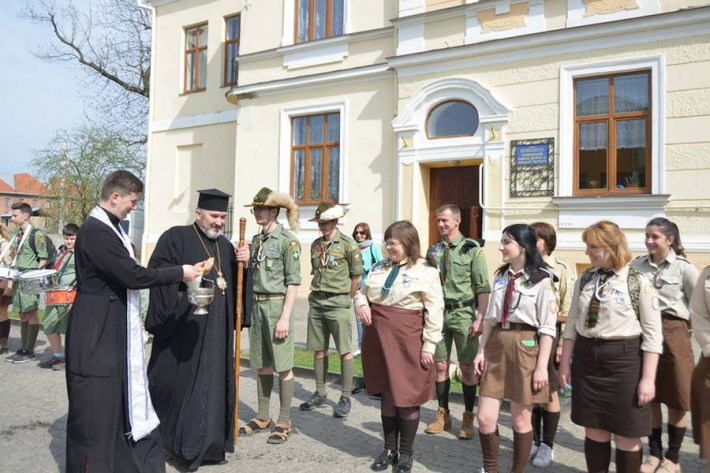 Владика Василь (Івасюк) привітав пластунів із 106-ю річницею