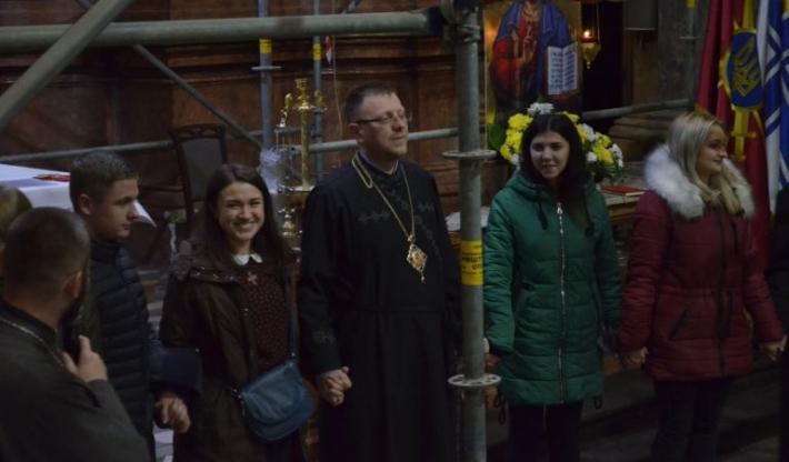 У Гарнізонному храмі відбувся День студента з владикою Володимиром