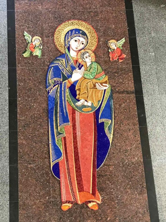 У соборі Святого Юра дев'ять днів молитимуться перед рідкісною іконою Матері Божої Неустанної Помочі