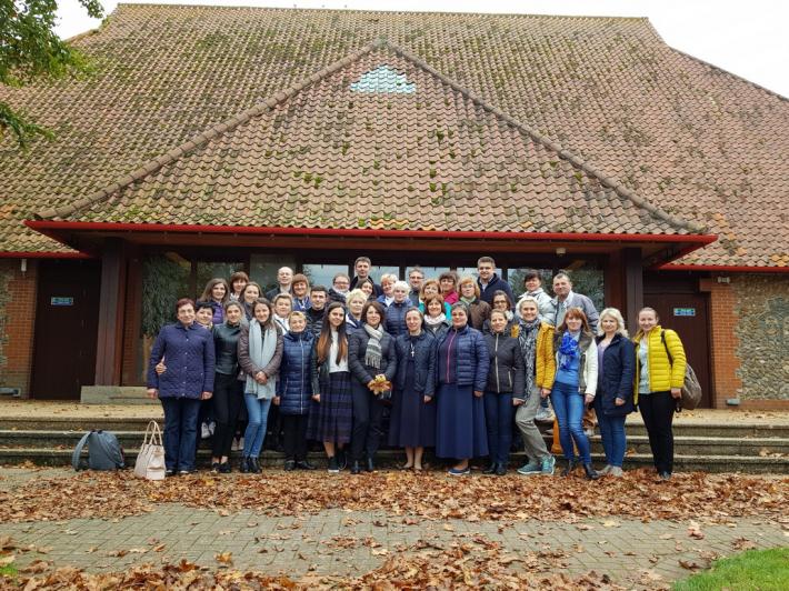Парафіяни катедри Пресвятої Родини в Лондоні взяли участь у прощі до Матері Божої у Волсінгемі