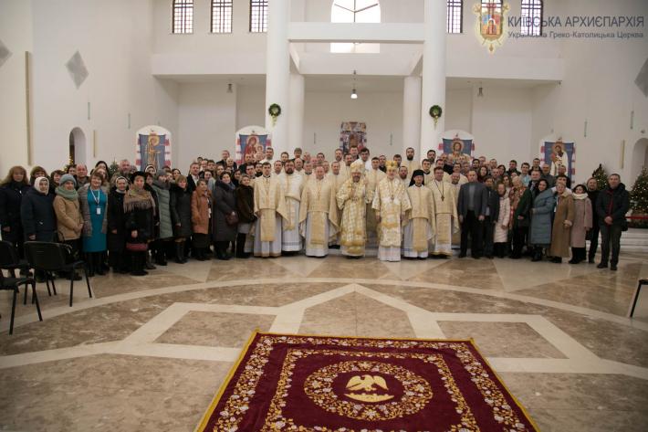 Архиєрейською Божественною Літургією розпочали V сесію Собору Київської архиєпархії