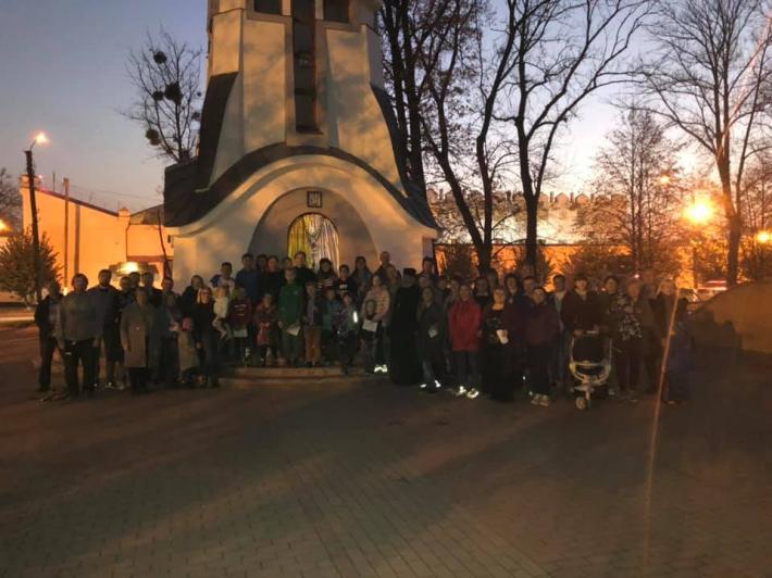 У Полтаві діти приєдналися до прохання Святішого Отця та провели молитву на вервиці за єдність і мир у світі