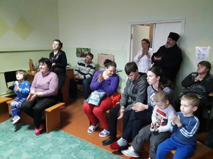 Греко-католицька молодь Полтави та студенти УАЛУ влаштували свято для Дитячого центру реабілітації