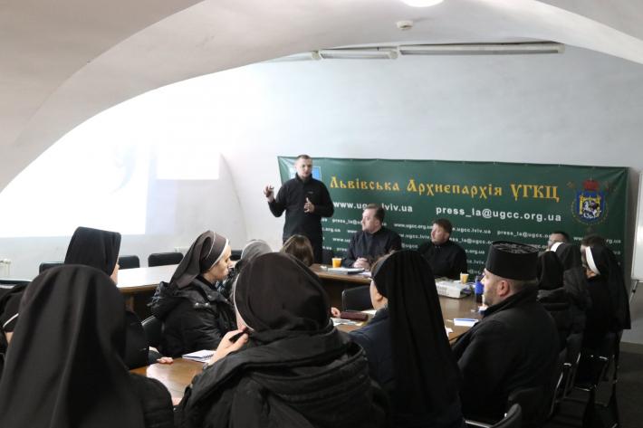 У Львові провели зустріч настоятелів і настоятельок спільнот інститутів богопосвяченого життя