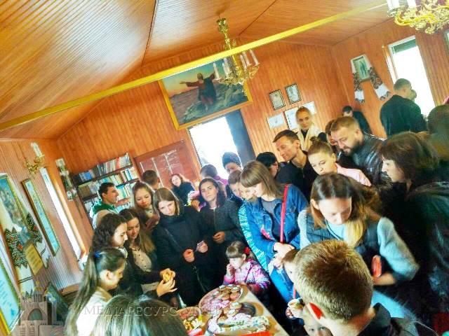 У Полтаві молоді греко-католики влаштували екоярмарок кулінарної випічки