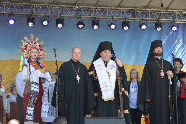 Владика Василь (Івасюк) взяв участь у відкритті міжнародного фольклорного фестивалю «Писанка-2018»