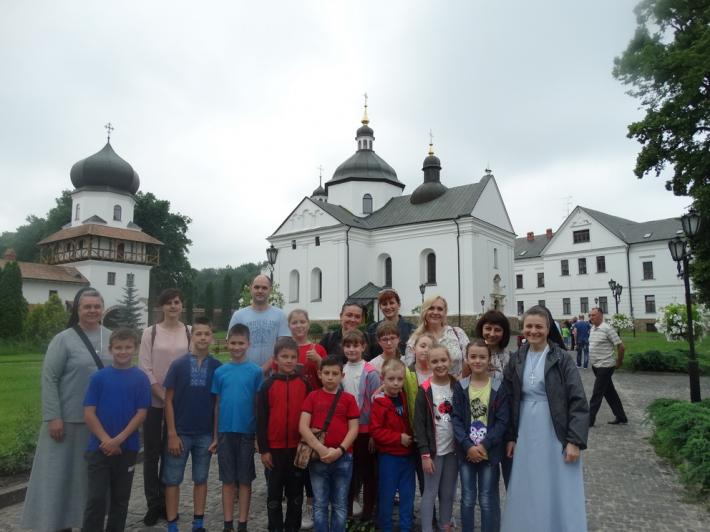 Сестри служебниці провели літній християнський табір у Львові