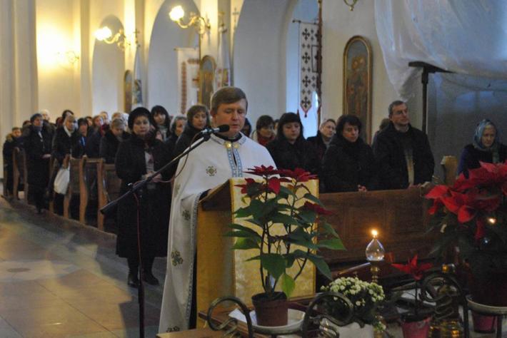 «Зустріч з Церквою» у парафії Христового Воскресіння у Львові