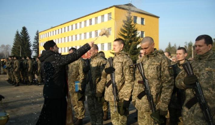 Понад 100 солдатів склали присягу на Яворівському полігоні