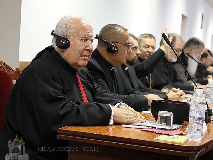 Архиєпископ Бейрута розповів владикам Синоду про життя Маронітської Католицької Церкви та поділився досвідом літургійного життя