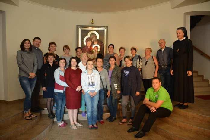 Дружини загиблих бійців пройшли реабілітацію в монастирі на Прикарпатті