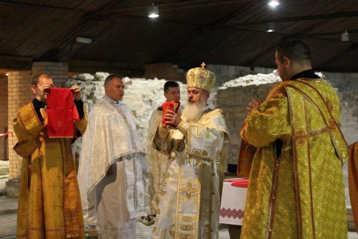 У Луцьку вірні УГКЦ молилися на руїнах древньої катедри