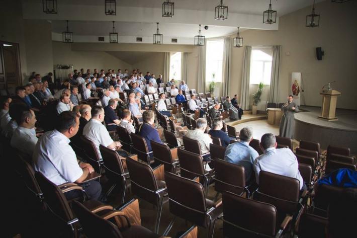Духовенство Львівської архиєпархії востаннє зустрілося перед відпустками