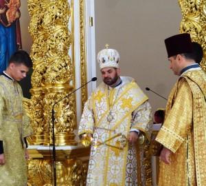 У Самборі освятили престіл та іконостас у соборі Покрову Пресвятої Богородиці