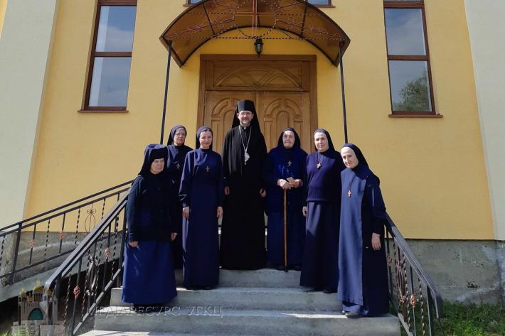 Владика Богдан Дзюрах відвідав монастир сестер Фатімської Богородиці