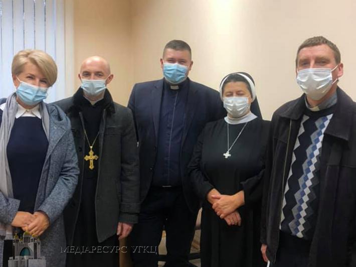 Медичні капелани Івано-Франківської архиєпархії обговорили особливості служіння в умовах пандемії