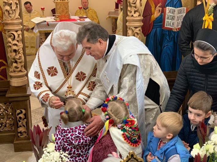 Владика Йосиф Мілян у Броварах освятив новий іконостас
