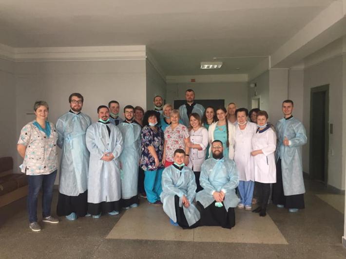 Київські семінаристи ознайомилися із душпастирською працею в медичному закладі