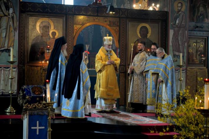 Владика Борис Ґудзяк очолив богослужіння Акафістової суботи в Шевтонському монастирі