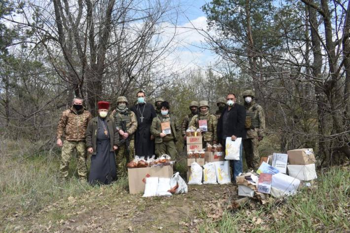 Захисники України отримали великодні гостинці від Блаженнішого Святослава