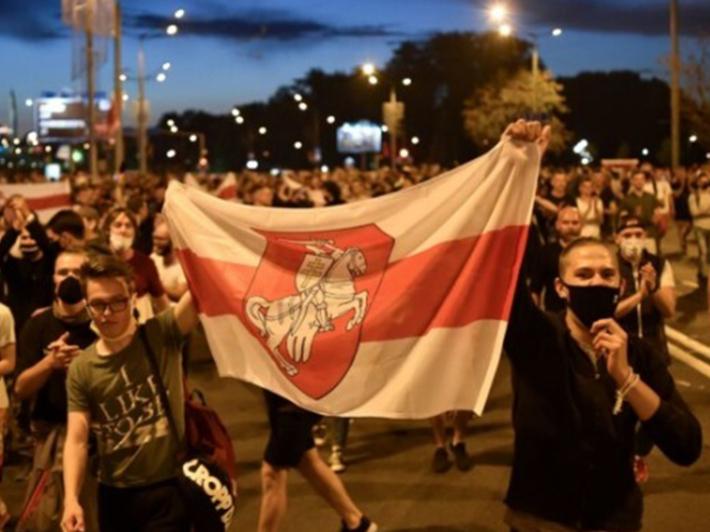 «Білоруське суспільство жахнулося від того, що відбувається», – отець Євген Усошин, священник БГКЦ