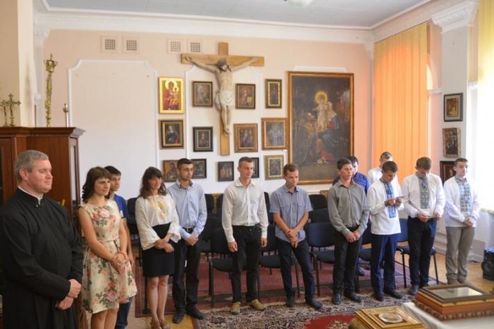 Дяківсько-катехитичний коледж Коломийської єпархії приймає документи абітурієнтів електронною поштою