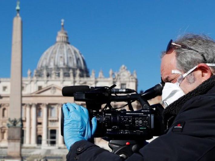 Папа Франциск в посланні з нагоди 55-го Всесвітнього дня соціальної комунікації: «Якісна комунікація вимагає стертих підошв»