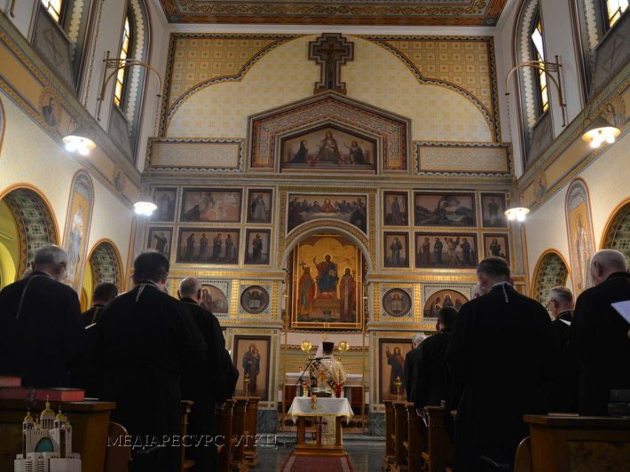Члени Синоду Єпископів УГКЦ розпочали робочі засідання молитвою до Святого Духа та складання присяги