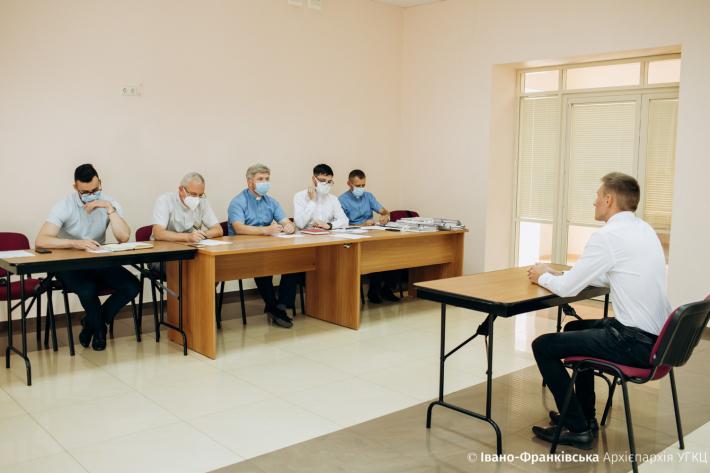До Івано-Франківської духовної семінарії вступили 37 юнаків