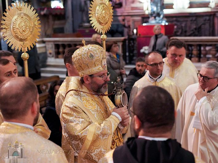 У Неаполі (Італія) молилися за жертв Голодомору. Поминальні богослужіння очолив Патріарх УГКЦ