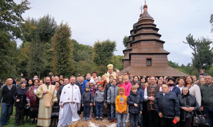Уперше у Львівському скансені бойки зібралися на молитву зі своїм єпископом