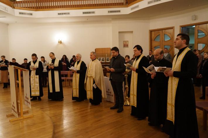 На знак єдності: УКУ зібрав християн різних конфесій у спільній молитві