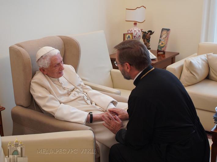 «Плекайте єдність у сучасному поділеному та розпорошеному світі», — папа Венедикт XVI до делегації Синоду Єпископів УГКЦ